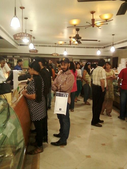 wengers bakery delhi