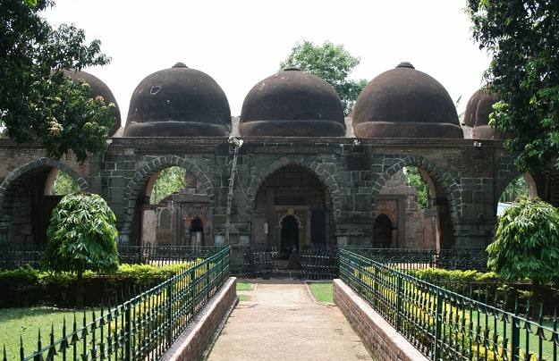 Zafar Khan Ghazi Mosque and Dargah