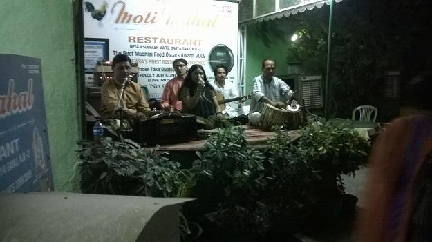 moti mahal live music