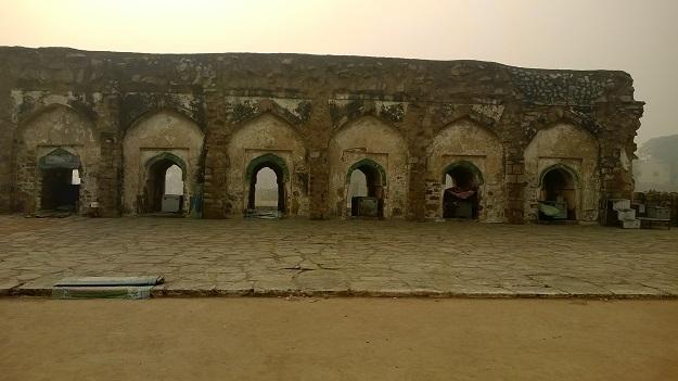 masjid in ferozshah kotla
