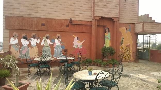 rooftop mural jaipur inn