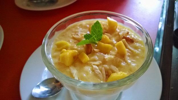 Mango and wild rice pudding