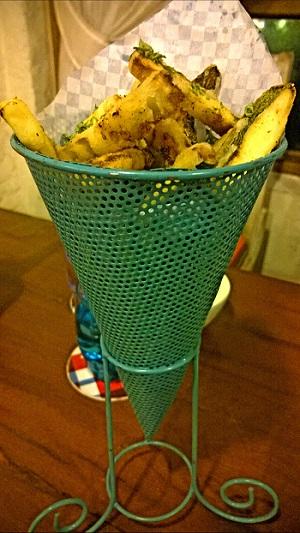 zucchini fries at Diggin Cafe