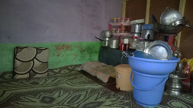 kitchen in kashmir