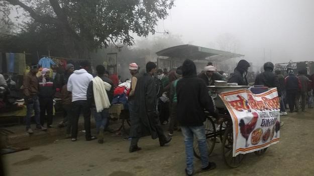 daryaganj sunday market delhi