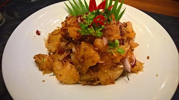 pomelo salad at Neung Roi delhi