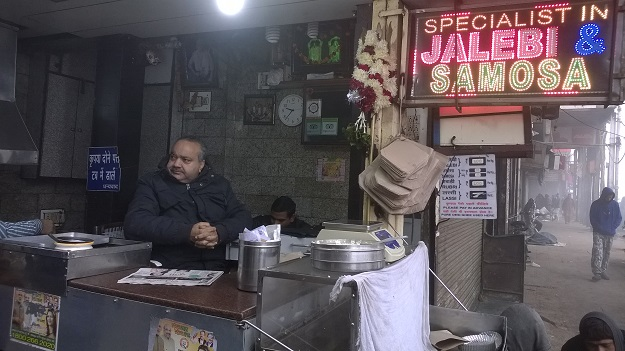 old famous jalebi wala chandni chowk