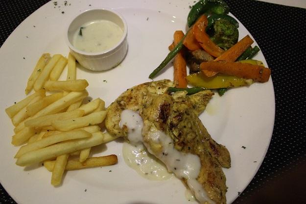 metropolis-restaurant-paharganj