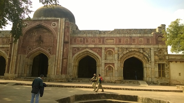 jamali kamali mosque mehrauli