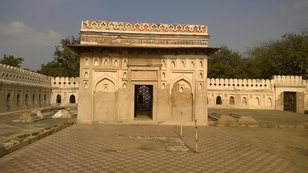jamali kamali tomb complex