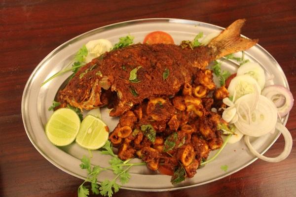 seafood platter mahabalipuram moonrakers