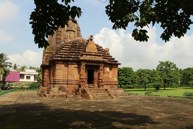 raja rani temple trip in bhubaneswar