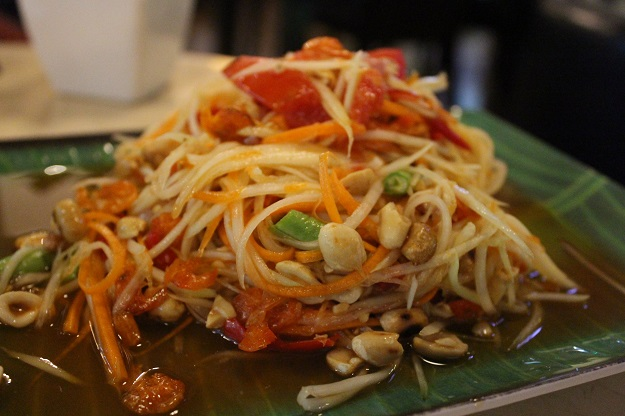 papaya salad naga cafe